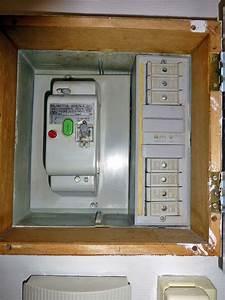 Changer Tableau Electrique : lectricit changer un tableau lectrique en enlevant l 39 ancien ~ Melissatoandfro.com Idées de Décoration