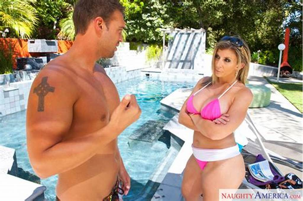 #Rocco #Reed #& #Sara #Jay #In #My #Friend'S #Hot #Mom