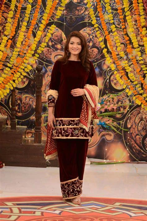 pin  hadia zaighum  pakistani fashion velvet
