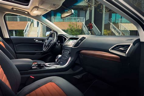 ford edge crossover suv technology features fordca