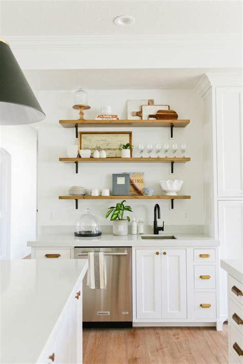 idee decoration cuisine avec rangements ouverts