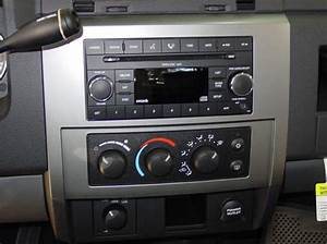 2005 Ram Dakota Car Audio Profile