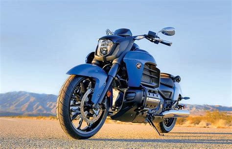 25 Fastest Touring Motorcycles From 060