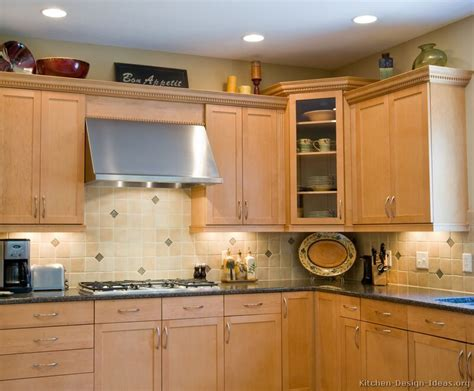 kitchens with light cabinets white kitchen cabinets light blue walls quicua com