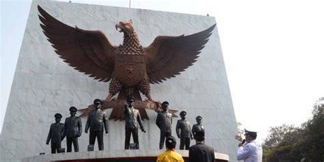 monumen pancasila sakti usul soeharto diwujudkan edhi