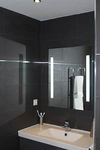 awesome salle de bain faience noire pictures awesome With faience salle de bain blanc