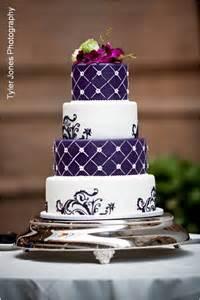 purple wedding cake purple wedding cakes a wedding cake