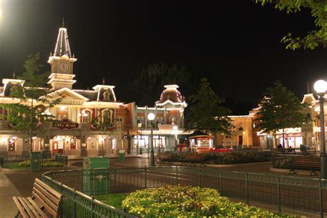 Disneyland Paris After Dark Dlp Town Square Disneyland
