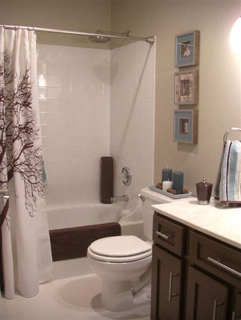 What Color Shower Curtain For A Small Bathroom by More Beautiful Bathroom Makeovers From Hgtv Fans