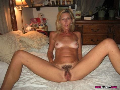 Sex Pics With Hot Wives And Milfs