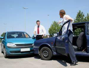 Assurance Auto Obligatoire : assurance auto contrat co t et r siliation d 39 une assurance automobile ~ Medecine-chirurgie-esthetiques.com Avis de Voitures