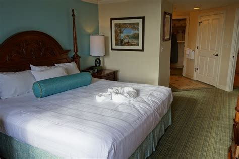 review disney s saratoga springs resort spa
