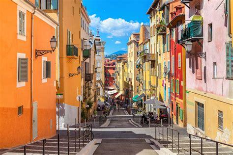 Where to Eat Socca in Nice | Radisson Blu