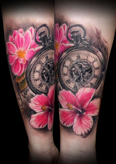 color tattos tatuaje flores color reloj antebrazo 13depicas
