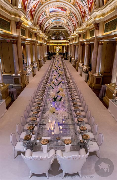 personalized show plates  lavish dining event ultimo