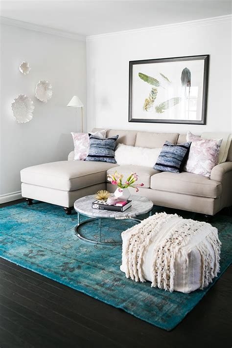 sofa for small living room style at home mara ferreira blue accents pillows and