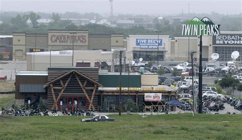 what to do in waco tx who are the victims of waco texas biker gang shootout heavy com