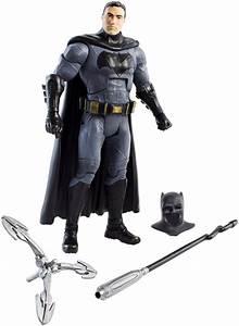 New York Toy Fair Features Batman v Superman Toys