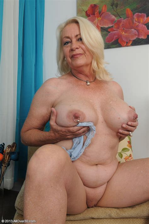 Blackboxxx Hot Mature Tits And Curves Pin 54542907