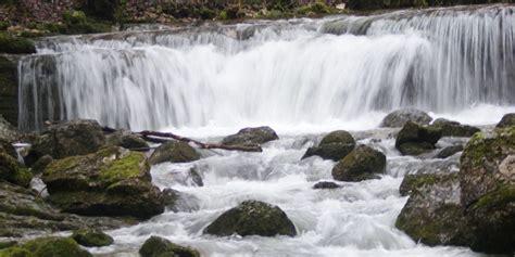 chambre d hote lac de chalain chambres d 39 hotes et gites jura francais cascades lac chalain