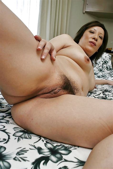 0231000 In Gallery Mature Asian Pussy Picture 3