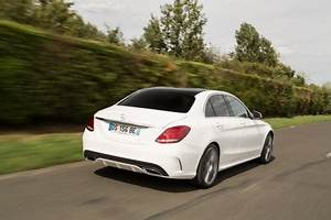 Mercedes Classe C Blanche : bilan du match jaguar xe vs mercedes classe c l 39 argus ~ Maxctalentgroup.com Avis de Voitures