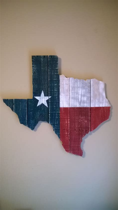 texas state flag wall hanging   reclaimed pallet