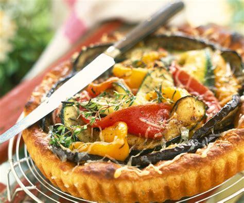 cuisiner l aubergine recette gourmande tarte aux légumes d été