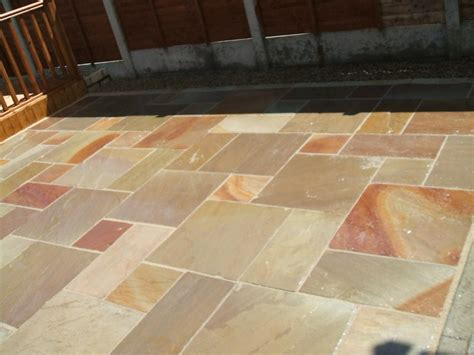 clean indian sandstone paving slabs demilked