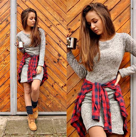 Cveti Dimitrova - Timberland Boots Dress - Cozy weekends | LOOKBOOK