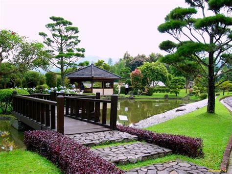 wisata taman bunga nusantara bogor  wajib dikunjungi