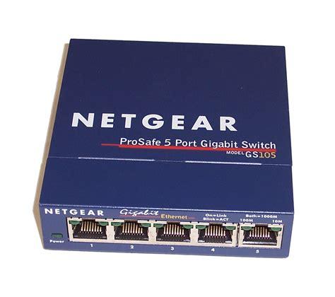 Netgear Prosafe 5 by Netgear Gs105 V3 Prosafe 5 Gigabit Switch Bundle With