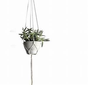 Cache Pot Suspendu : pots de fleurs suspendus et originaux en 30 id es ~ Teatrodelosmanantiales.com Idées de Décoration