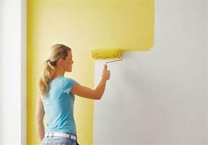 Verputzte Wand Streichen : wand streichen wie ein profi ~ Frokenaadalensverden.com Haus und Dekorationen