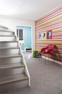 choisir un papier peint de couloir original archzinefr With quelle couleur pour une cage d escalier sombre 11 decoration couloir entree maison