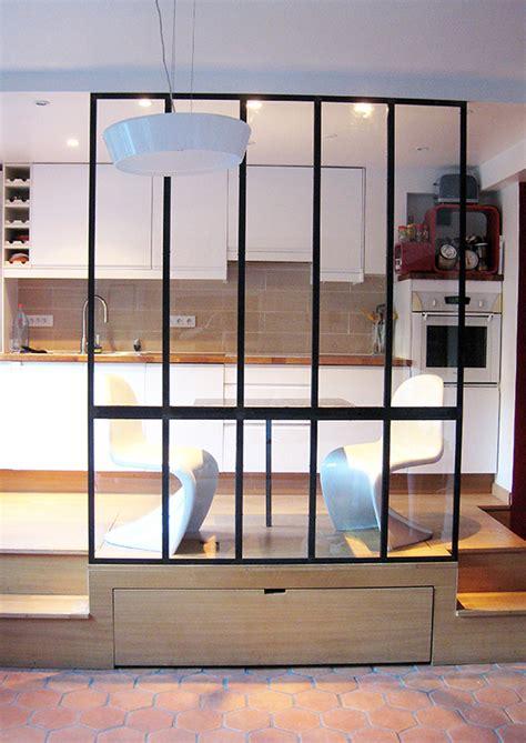 cuisine estrade verrière et table indus en acier les ateliers du 4