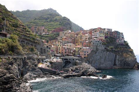 Cliff At Tropea, Italy, Sep 2005.jpg