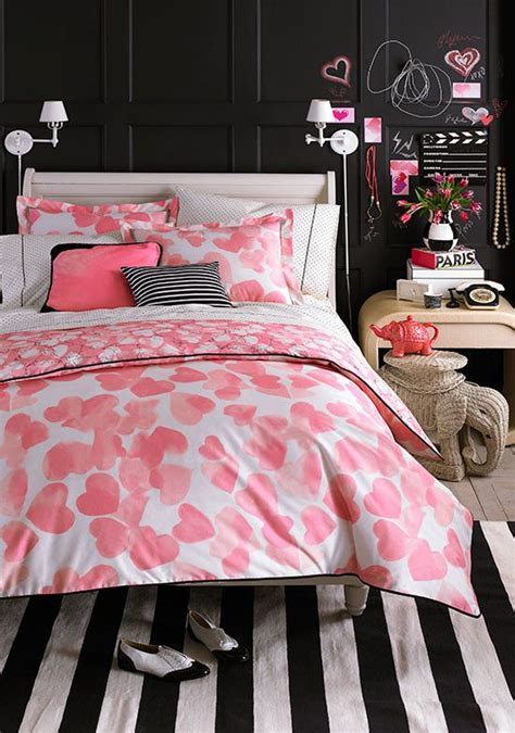 pink girly bedrooms girl s guide 101 how to decorate the perfect girly 12869 | 2e89555bc4ba6fe8f3d231a410642ce8