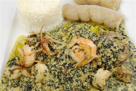 cuisiner les gambas recettes de morue par tchop afrik 39 a cuisine ndolè viande morue et crevettes okok à la morue