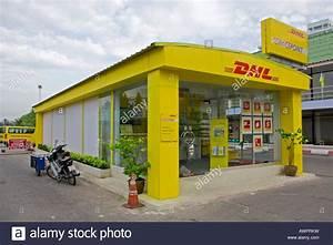 Dhl Filiale Nürnberg : pick up counter stock photos pick up counter stock ~ Watch28wear.com Haus und Dekorationen