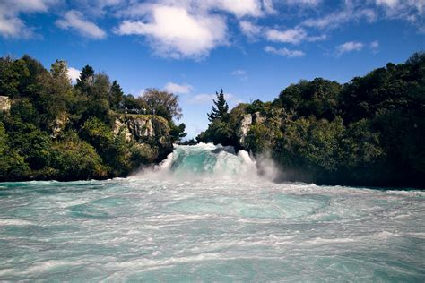 Boat Cruise Lake Taupo lake taupo huka falls river cruise vs jet boat