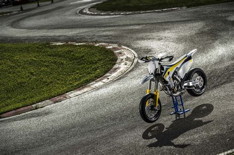 Husqvarna Fc 350 4k Wallpapers by Husqvarna Wallpapers 183 Wallpapertag