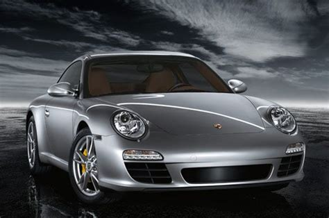 Facebook Lets Fans Rank 10 Best Luxury Auto Makers