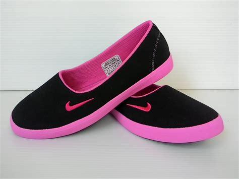 jual sepatu slip on sepatu nike original untuk wanita
