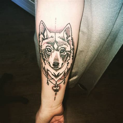 powerful style statement  wolf tattoos ideas