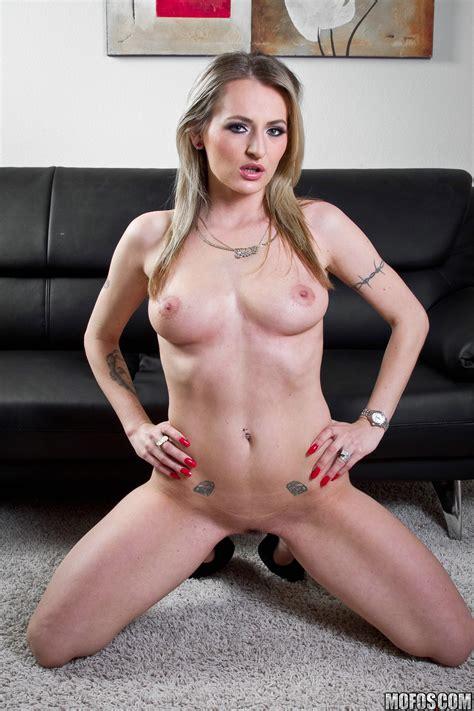 Seductive Lady Wants To Get Fucked Photos Natasha Starr