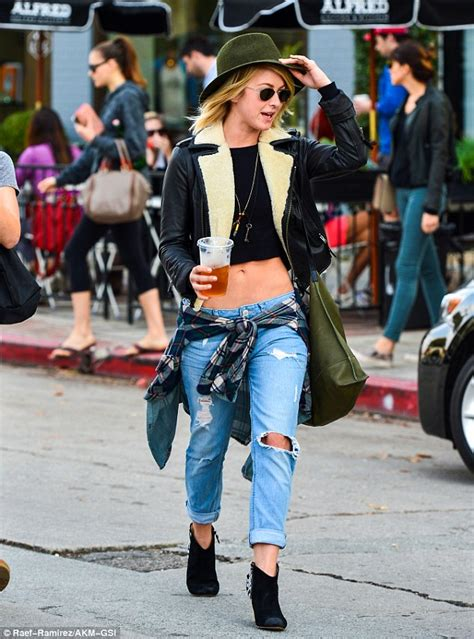 Julianne Hough flashes washboard stomach in a tiny top as ...