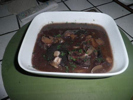 cuisiner le kangourou kangourou en sauce entre prés et chs