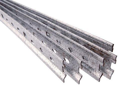 fixation element haut cuisine sur placo rail de fixation acier brico dépôt