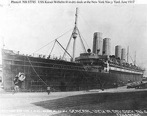USN Ships--USS Agamemnon (ID # 3004) -- In Dry Dock